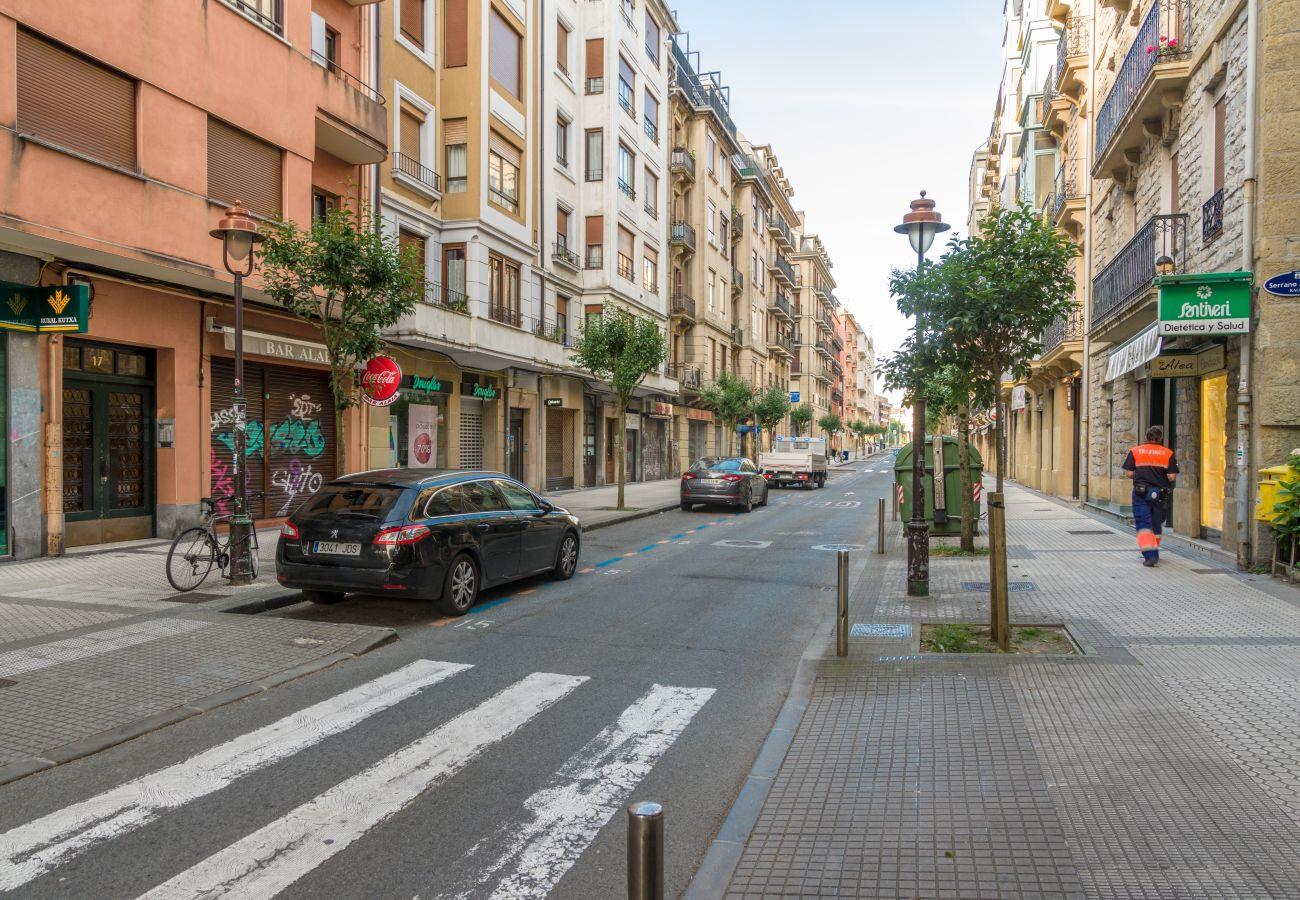 Apartment in San Sebastián - Always Easy | Chillida