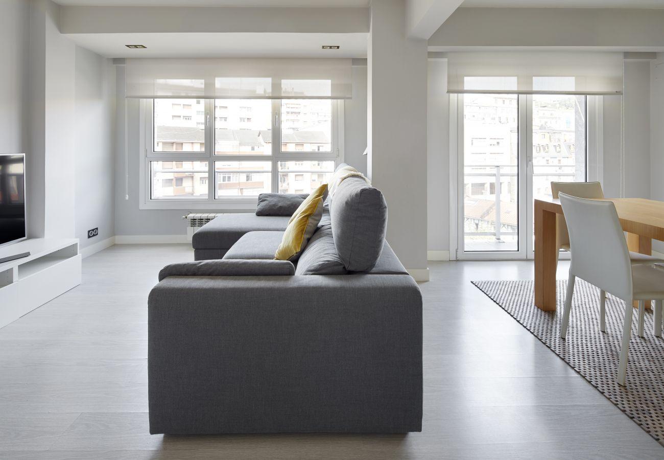 Apartment in San Sebastián - Always Easy | Mikeletes
